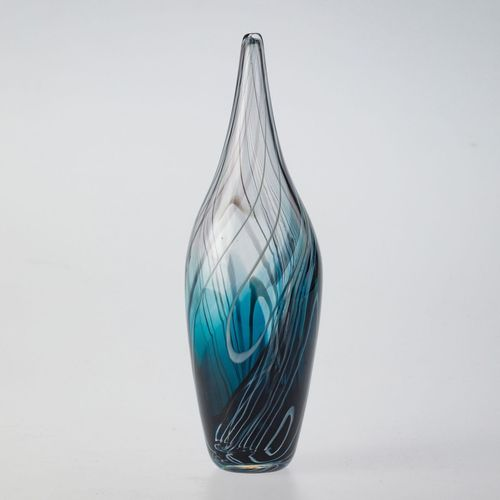Feather_vase_steel_blue_turq5-show_image